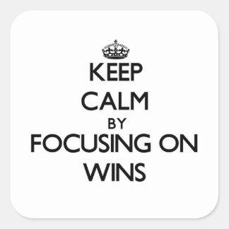 Mantenha a calma centrando-se sobre vitórias