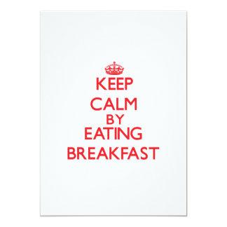 Mantenha a calma comendo o pequeno almoço convite personalizado