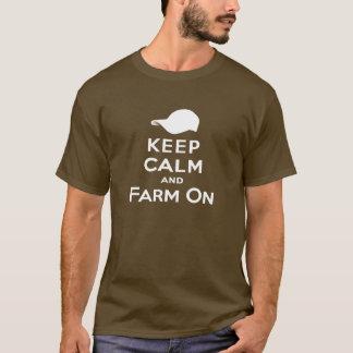 Mantenha a calma & cultive sobre - o t-shirt dos camiseta