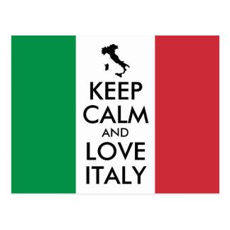 Mantenha a calma e ame branco de Italia e vermelho Cartão Postal