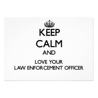 Mantenha a calma e ame seu agente da autoridade convites personalizados