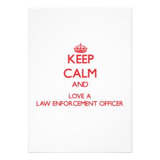 Mantenha a calma e ame um agente da autoridade convites