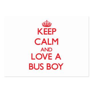 Mantenha a calma e ame um menino de ônibus cartao de visita