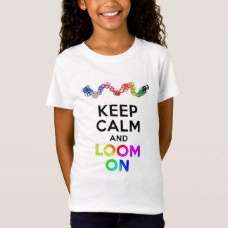 Mantenha a calma e apareça no t-shirt camiseta