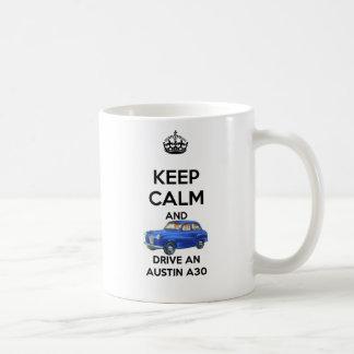 Mantenha a calma e conduza uma caneca de Austin