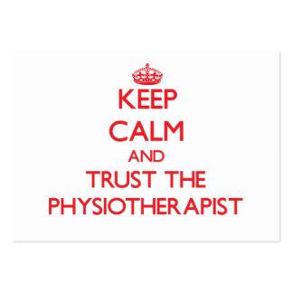 Mantenha a calma e confie o fisioterapeuta cartões de visitas