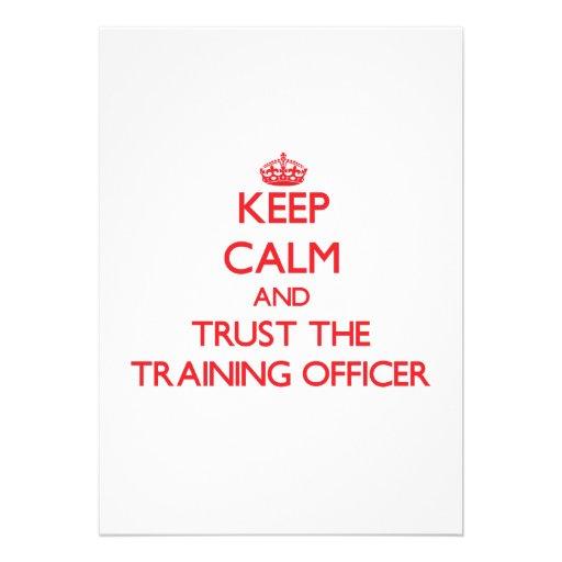Mantenha a calma e confie o oficial do treinamento convite