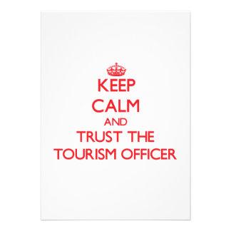 Mantenha a calma e confie o oficial do turismo convites personalizado