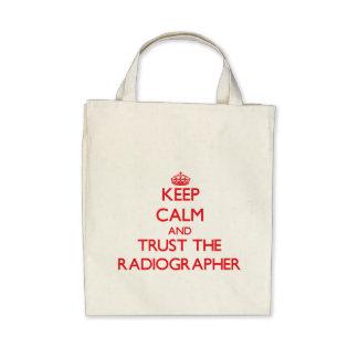 Mantenha a calma e confie o técnico de radiologia bolsa para compra