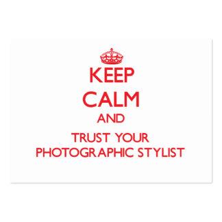 Mantenha a calma e confie seu estilista fotográfic