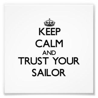 Mantenha a calma e confie seu marinheiro fotos