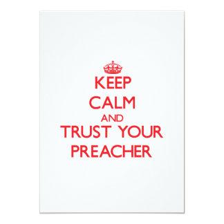 Mantenha a calma e confie seu pregador convite 12.7 x 17.78cm