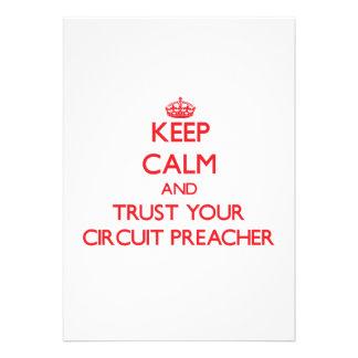 Mantenha a calma e confie seu pregador do circuito