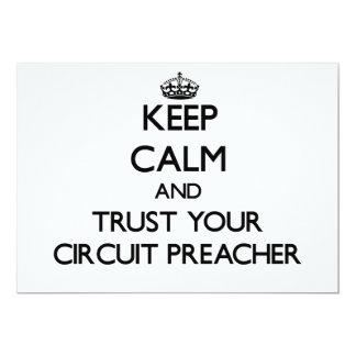 Mantenha a calma e confie seu pregador do circuito convites personalizados