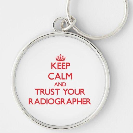 Mantenha a calma e confie seu técnico de radiologi chaveiro