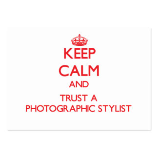 Mantenha a calma e confie um estilista fotográfico modelo cartoes de visitas