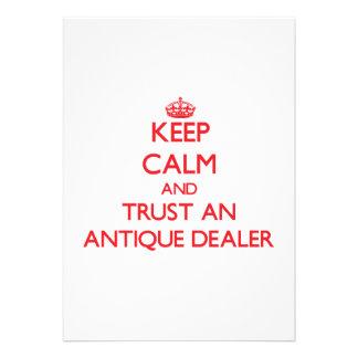 Mantenha a calma e confie um negociante antigo convites