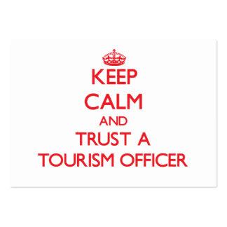 Mantenha a calma e confie um oficial do turismo cartao de visita