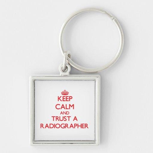 Mantenha a calma e confie um técnico de radiologia chaveiro