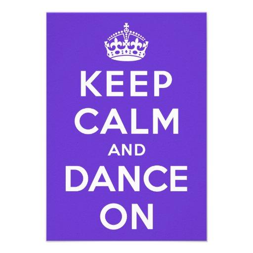 Mantenha a calma e dance sobre convites personalizado