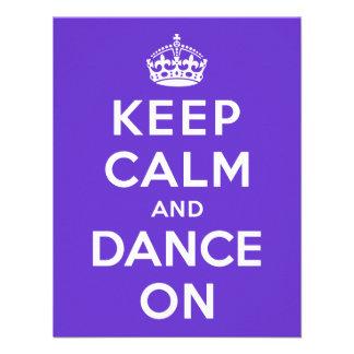 Mantenha a calma e dance sobre convite personalizado