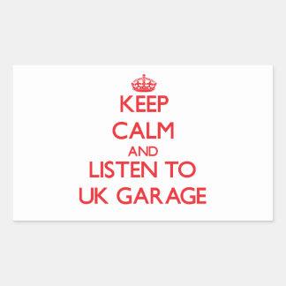 Mantenha a calma e escute a GARAGEM BRITÂNICA Adesivo Retângular