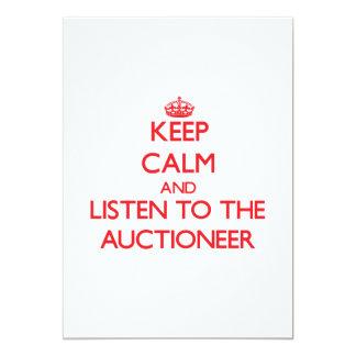 Mantenha a calma e escute o leiloeiro convite 12.7 x 17.78cm