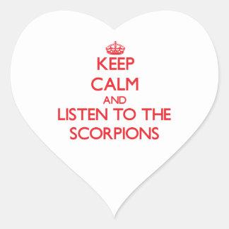 Mantenha a calma e escute os escorpião adesivos de corações