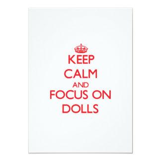 Mantenha a calma e o foco em bonecas convite 12.7 x 17.78cm