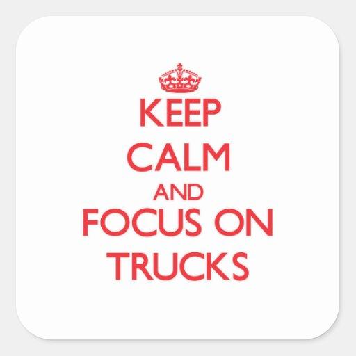 Mantenha a calma e o foco em caminhões adesivo