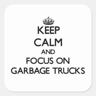 Mantenha a calma e o foco em caminhões de lixo