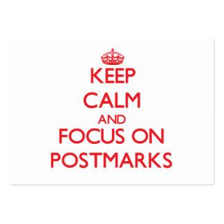 Mantenha a calma e o foco em carimbos postais