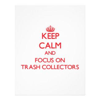 Mantenha a calma e o foco em coletores do lixo panfletos personalizado
