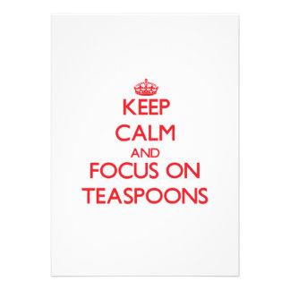 Mantenha a calma e o foco em colheres de chá convite personalizado