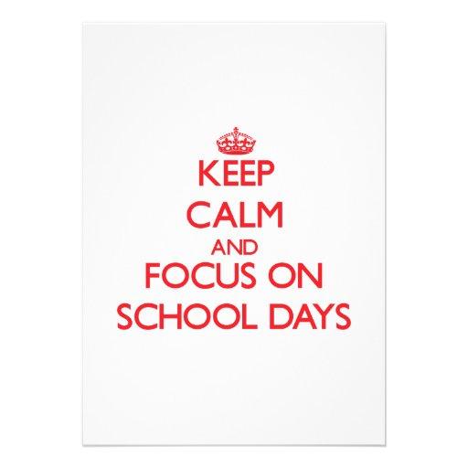 Mantenha a calma e o foco em dias escolares convites personalizados