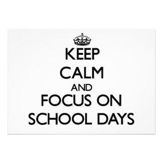 Mantenha a calma e o foco em dias escolares convite