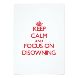Mantenha a calma e o foco em Disowning Convite Personalizado