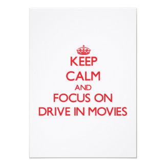 Mantenha a calma e o foco em filmes do cinema ao convites personalizado