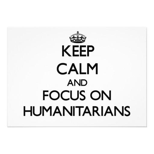 Mantenha a calma e o foco em humanitários convites personalizados