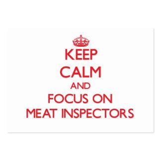 Mantenha a calma e o foco em inspectores da carne