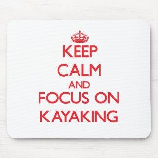 Mantenha a calma e o foco em Kayaking
