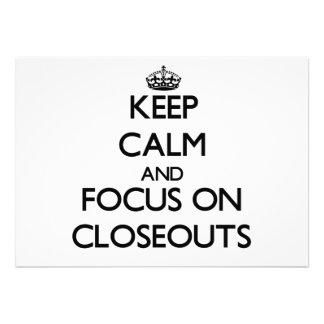 Mantenha a calma e o foco em liquidações convite personalizados