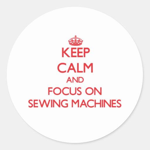 Mantenha a calma e o foco em máquinas de costura adesivos em formato redondos