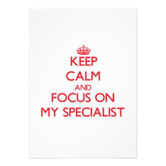 Mantenha a calma e o foco em meu especialista convites personalizado