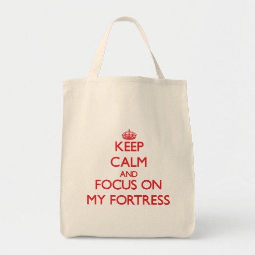 Mantenha a calma e o foco em minha fortaleza bolsas de lona