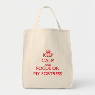 Mantenha a calma e o foco em minha fortaleza bolsa de lona