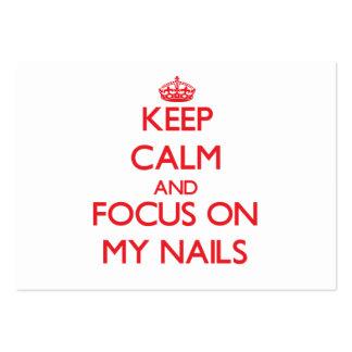 Mantenha a calma e o foco em minhas unhas