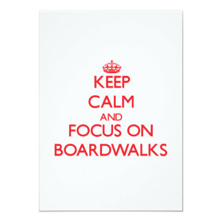Mantenha a calma e o foco em passeio à beira mar convites personalizado