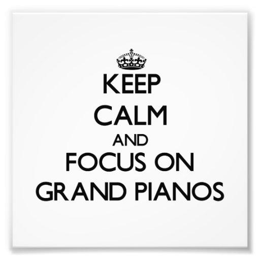 Mantenha a calma e o foco em pianos de cauda foto arte