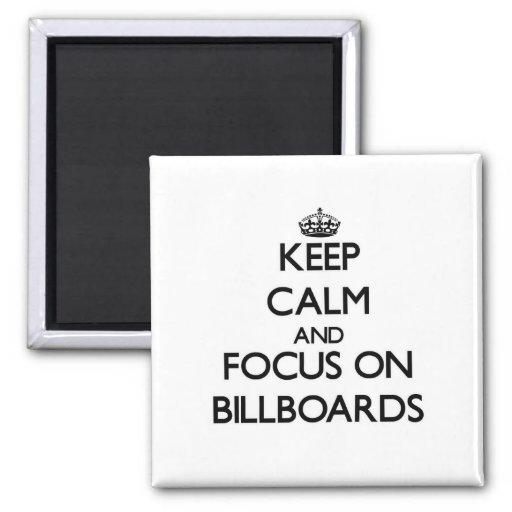 Mantenha a calma e o foco em quadros de avisos imãs de refrigerador